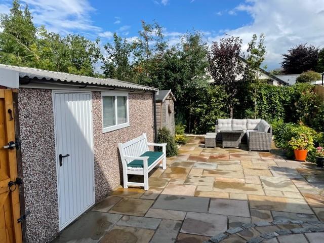 3 Bedroom Semi-detached House For Sale - parkside 3.jpg